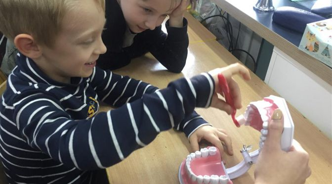 Edukacja stomatologiczna w klasie 1b