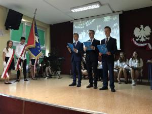 2019.06.19 Uroczyste zakończenie roku szkolnego klas 8